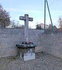 Croix du cimetière des Échets.JPG