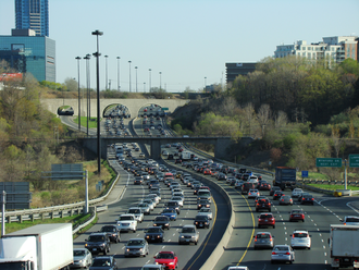 Glossary of road transport terms - Traffic on the Don Valley Parkway in Toronto