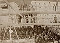 Dayal, Raja Lala Deen - Offiziere und Lanzenträger, H.I.M.S. »Hardinge« auf Lord Curzons Persischer Golf Tour (Zeno Fotografie).jpg