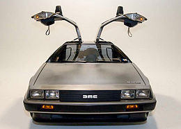 DeLorean DMC-12 with doors open.jpg