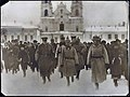De Duitsche troepen bij den opmarsch in het bezette Minsk..jpg