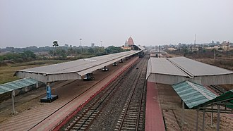 Deoghar Junction railway station - Image: Deoghar railway station platform view