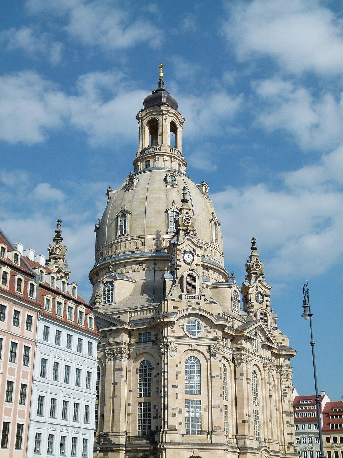 File:Die Frauenkirche in Dresden 2.jpg - Wikimedia Commons