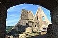 Divín - Divínsky hrad - brána (1).jpg