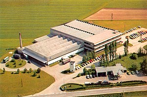 Dräxlmaier Group - The production and administration building on Brückenstraße, Vilsbiburg in 1970.