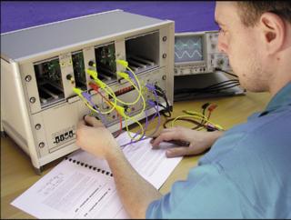 Telecommunication Instructional Modeling System Electronic telecommunications device