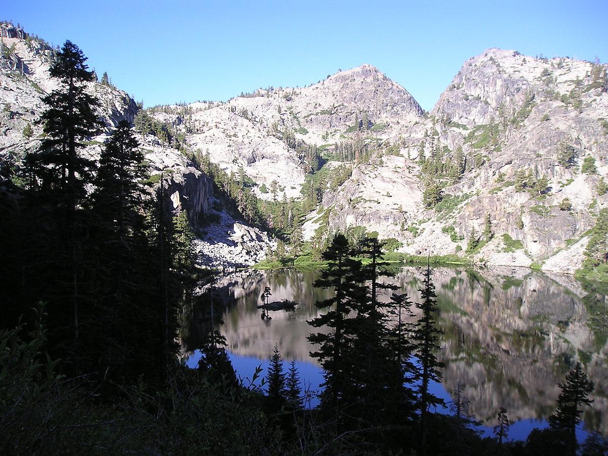 Eagle Mountain Lake Apartments