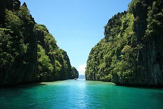 Palawan - A lagoon in El Nido