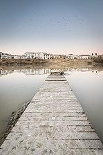 Embarcadero en el Río Guadalquivir a su paso por Córdoba.jpg
