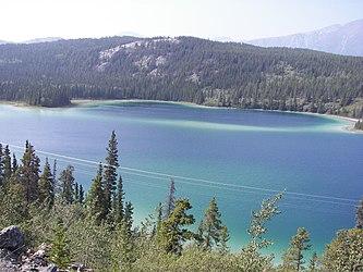 Emerald Lake, Yukon.jpg