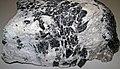 Emeralds-garnets-tourmaline in pegmatitic granite (Crabtree Pegmatite, Devonian; Crabtree Mountain, Mitchell County, North Carolina, USA) 2 (25144470608).jpg
