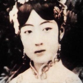 Empress Gobele Wan-Rong (09)