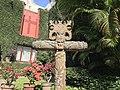 Escultura de una cruz.jpg