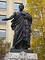 Estatua Portales1.JPG