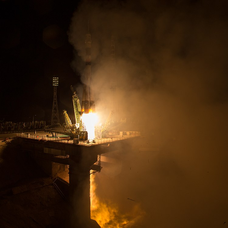 Expedition 53 Soyuz Launch (NHQ201709130008).jpg