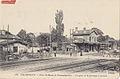 FF 179 - CHAMPIGNY - Parc St-Maur et Champignoles - La gare et le passage à niveau.jpg