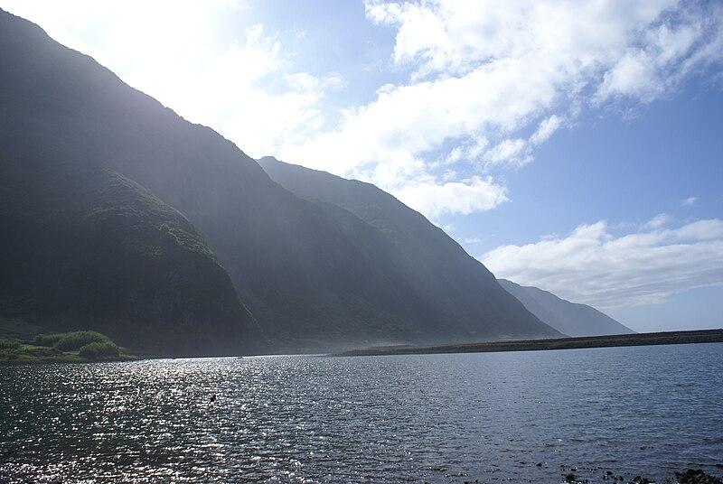 Ficheiro:Fajã de Santo Cristo, lagoa 4, Calheta, ilha de São Jorge, Açores.JPG