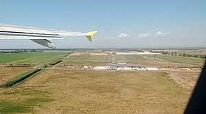 Fiumicino Airport 2011-by-RaBo-08.jpg