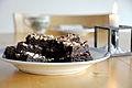 Flickr - cyclonebill - Chokoladekage med hasselnødder.jpg