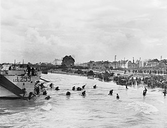 9th Canadian Infantry Brigade - 9th Canadian Infantry Brigade troops coming ashore at Juno Beach on D-Day, 6 June 1944