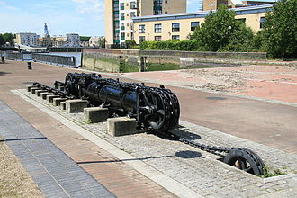 Hydraulic jigger - A decommissioned jigger, once used to open dock gates at Millwall Docks in London
