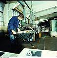 Fotothek df n-35 0000004 Facharbeiter für buchbinderische Verarbeitung.jpg