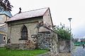 Frýdlant, hradební zeď u kostela.jpg