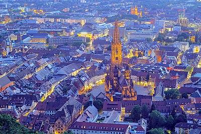 Freiburger münster von obern.jpg