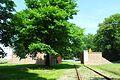 Gdańsk Westerplatte – rekonstrukcja bramy kolejowej.JPG
