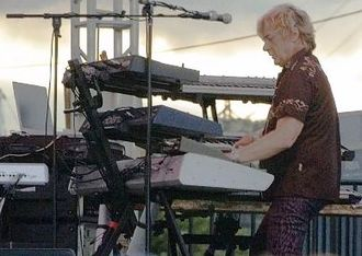 Geoff Downes - Downes performing with Asia, 2006