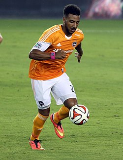 Giles Barnes, Houston Dynamo, July 2014.jpg