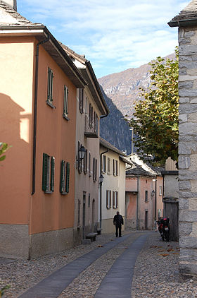 Dorfstrasse in Gordevio