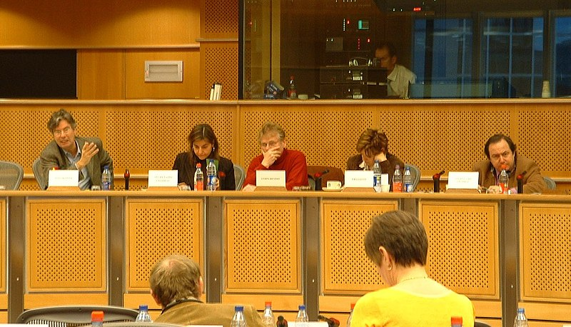 File:Grüne-Fraktionssitzung im Europaparlament.jpg