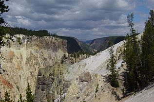 Grand Canyon of the Yellowstone downstream from Lower Falls.JPG