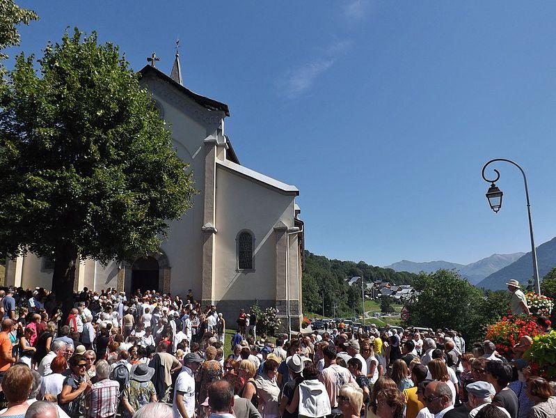 File:Grande fête Vallée des Villards (2013).JPG