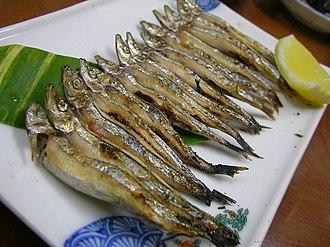 Silver-stripe round herring - Image: Grilled kibinago by jetalone in Yakushima