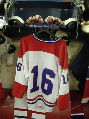 Henri Richard - Image: HHOF July 2010 Canadiens locker 08 (H. Richard)