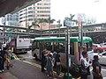 HK 中環 Central 干諾道中 Connaught Road August 2018 SSG minibus stop n queue 01.jpg