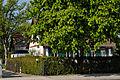 Haeuser Am Schoenenkamp 126 und 126a in Duesseldorf-Hassels, von Osten.jpg