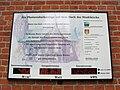 Hagenow Stadtkirche Infotafel Photovoltaikanlage 2007-05-28 006.jpg