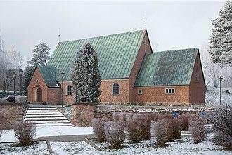 Hallstavik - Image: Hallstaviks kyrka January 2011d