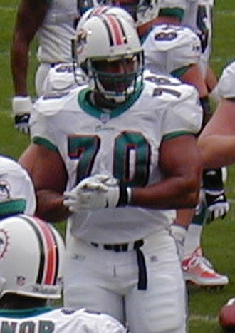 Harry Swayne - Swayne with the  Dolphins in 2001