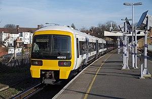 Hayes railway station - Image: Hayes railway station MMB 01 465013