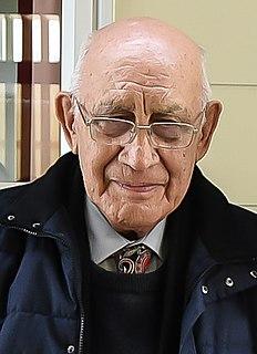 Sidney Moko Mead New Zealand anthropologist, historian, artist, teacher, writer and prominent Māori leader
