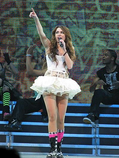 Hannah Montana Spotlight World Tour Wikipedia
