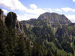 Ammergau Alps - The Hohe Straußberg (1934 m) from the Tegelberg