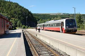 Trøndelag Commuter Rail - Image: Hommelvik stasjon 2