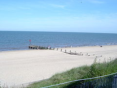 Hopton beach in 2003.jpg