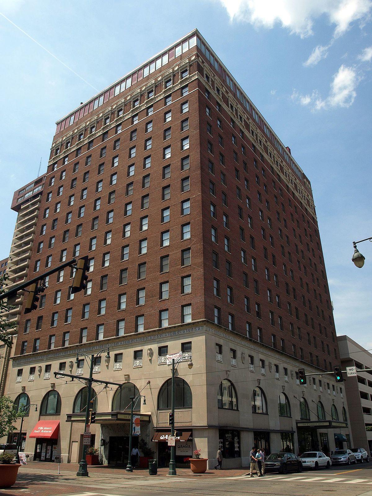 Cost U Less >> Hotel Claridge (Memphis, Tennessee) - Wikipedia