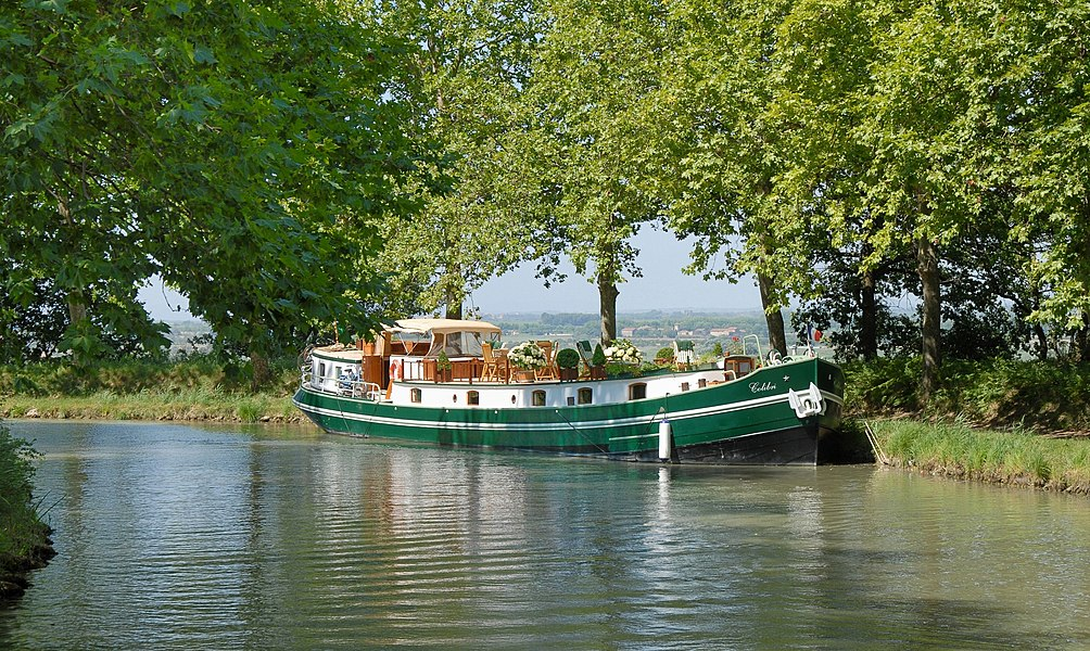 Houseboat at the Canal du Midi, Poilhes, Hérault, France